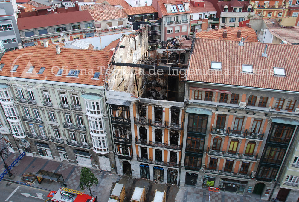 IncendioEdificioOviedo1.jpg