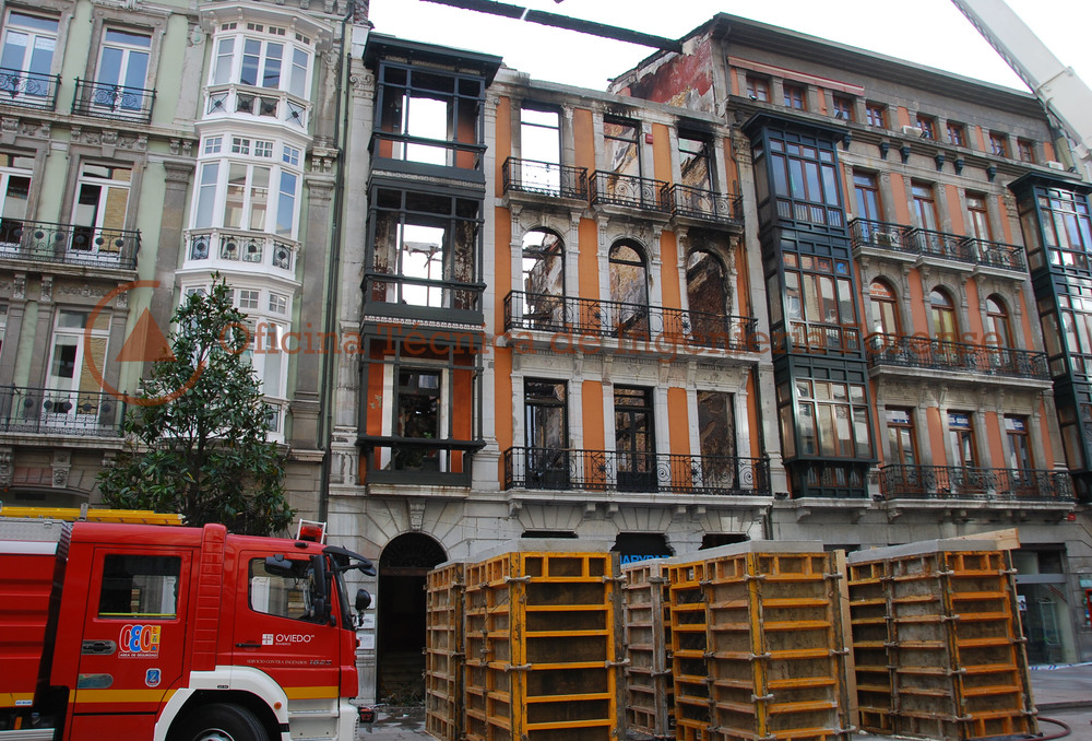 IncendioEdificioOviedo4.jpg