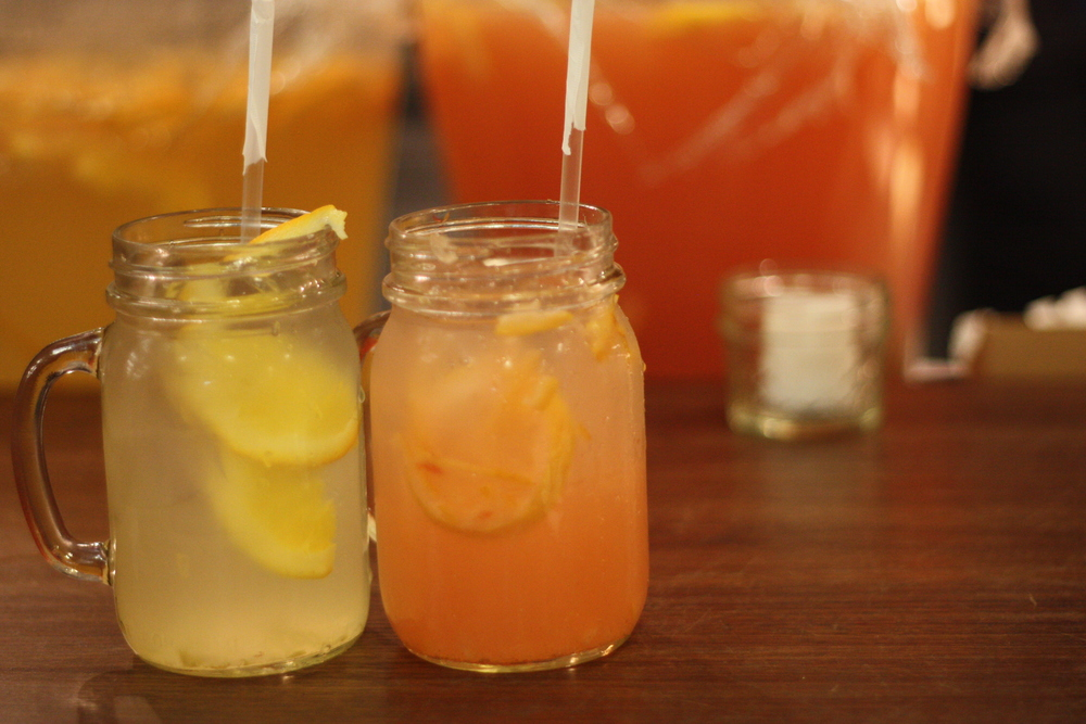 refreshing iced teas (non-alcoholic): citrusy and fruity, slightly sweet. just perfect on that hot day.