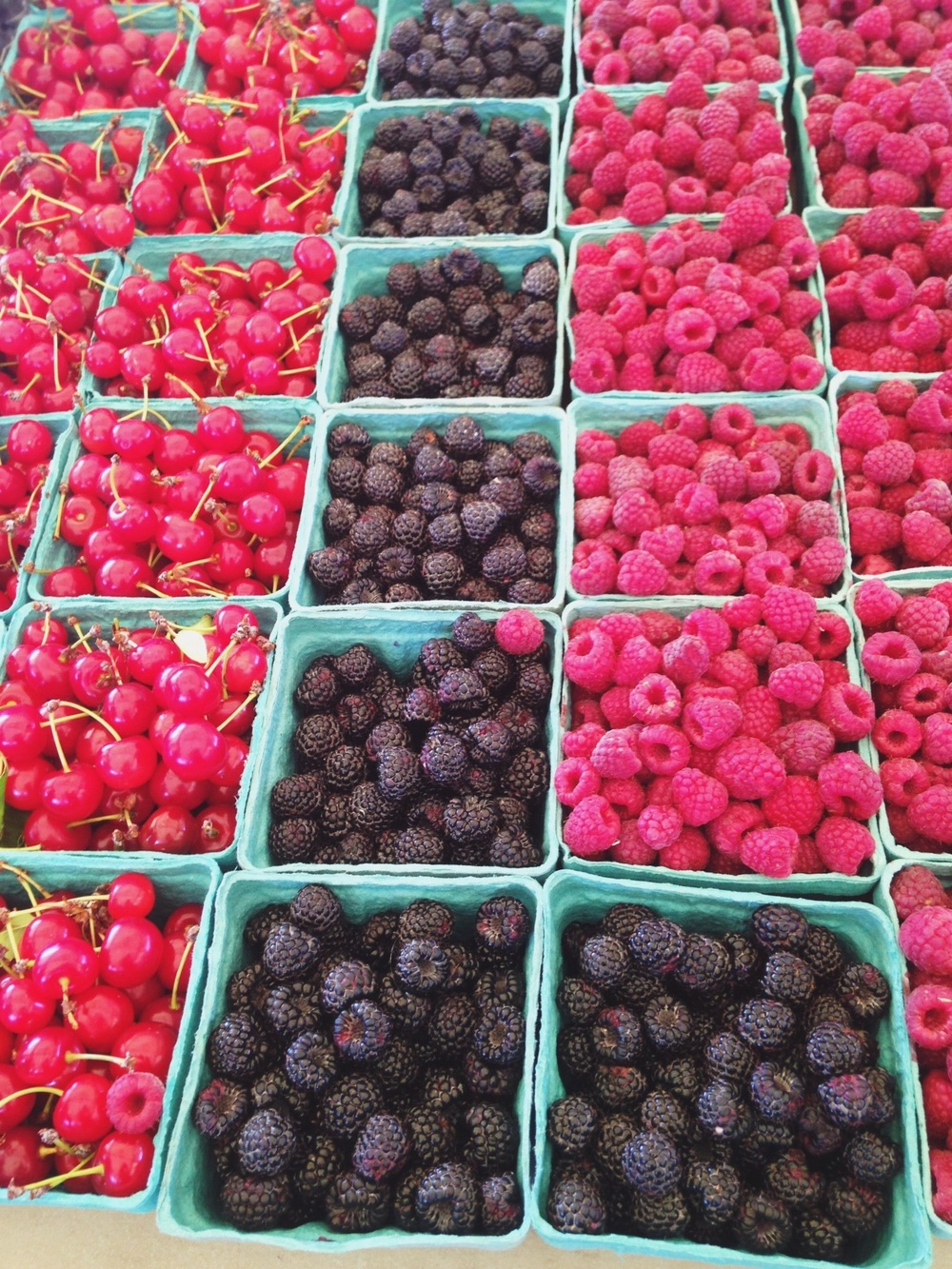 Berries galore at local farmers market