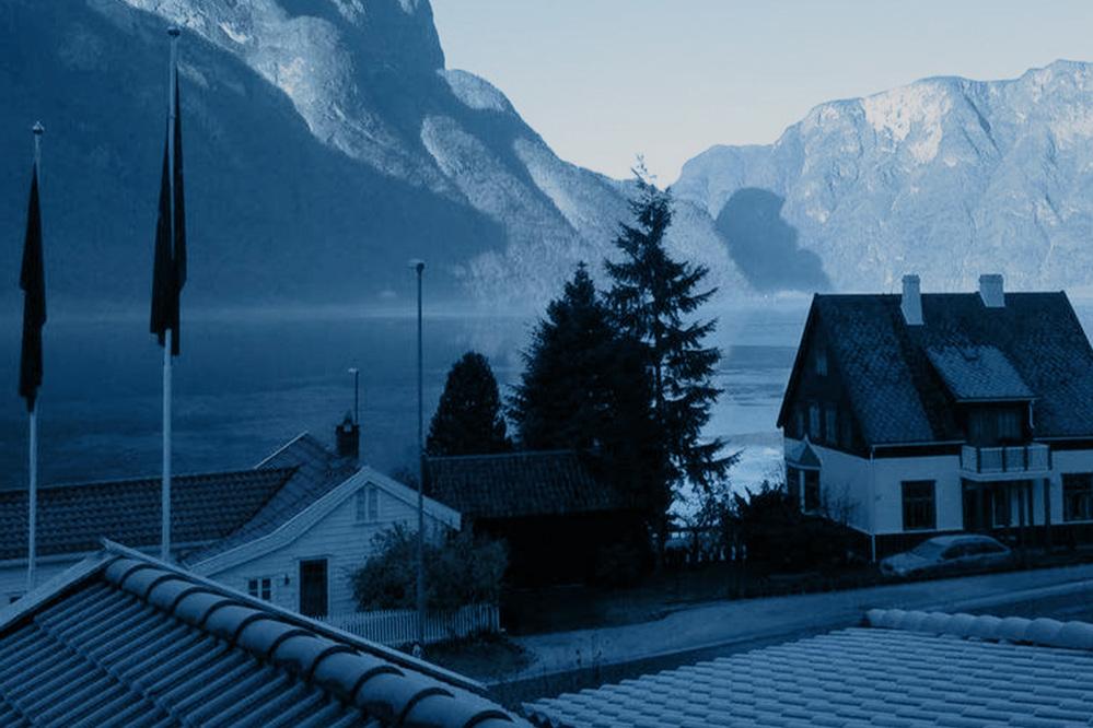 Aurland Fjordhotell,Aurland - Det imponerende utsiktspunktet Stegastein som speider ut over Aurlandsfjorden ligger en 10-minutters kjøretur borte. Hotellet er omgitt av fine turstier, som tar deg ut i den fine og unike naturen.Les mer Booking