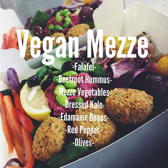Our colourful Vegan Mezze is a great way to brighten your afternoon. Served with a medley of fresh vegetables, Falafel and our signature homemade Beetroot Hummus, this quick box meal packs a real punch and helps you keep up with your 5-a-day! 😍🍏 • • • ---------------------------------------------------------------- #nourish #sheffield #vegetarian #vegan #veganfood #food #foodporn #gym #gymmotivation #mondaymotivation #fastfood #health #healthylifestyle #lifestyle