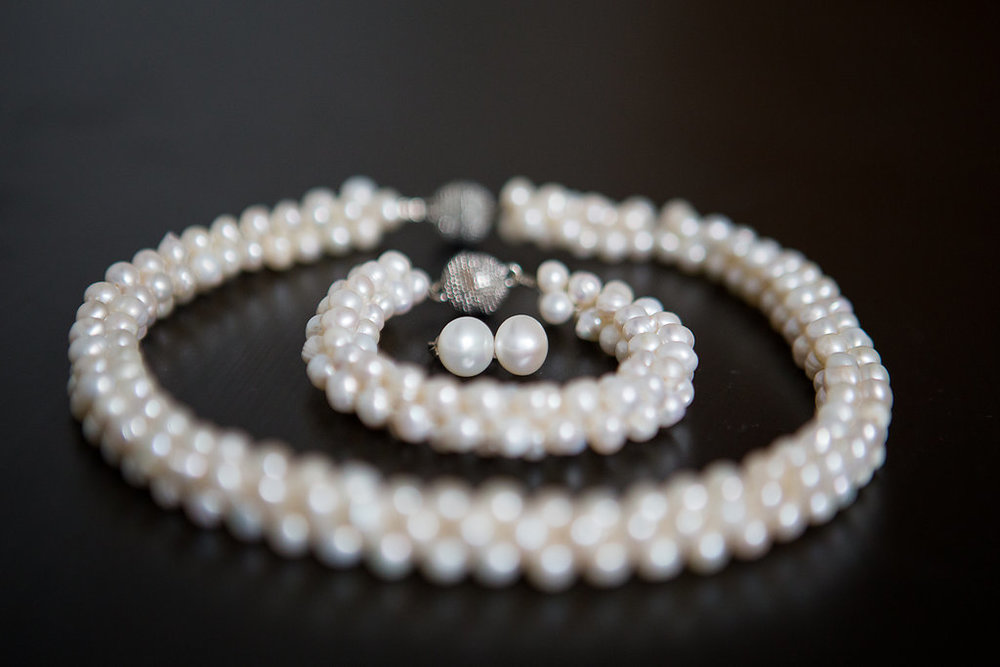 bridal pearls Mariage Montreal Wedding