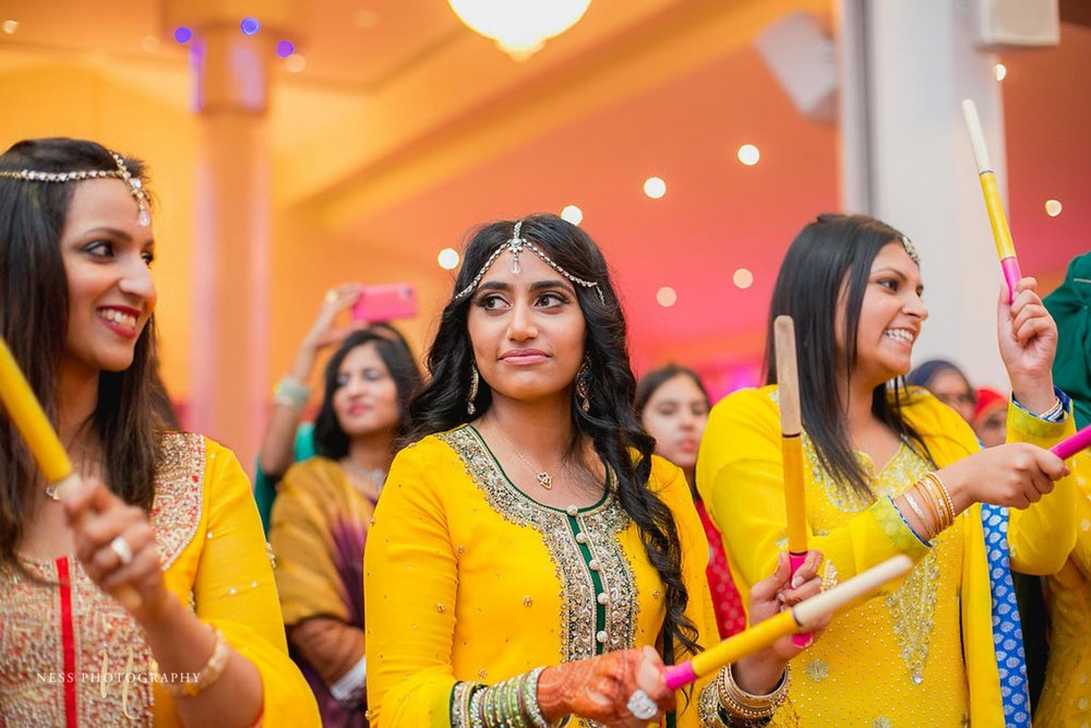 dholki in yellow shelwar kamiz at pakistani mehend in ottawa
