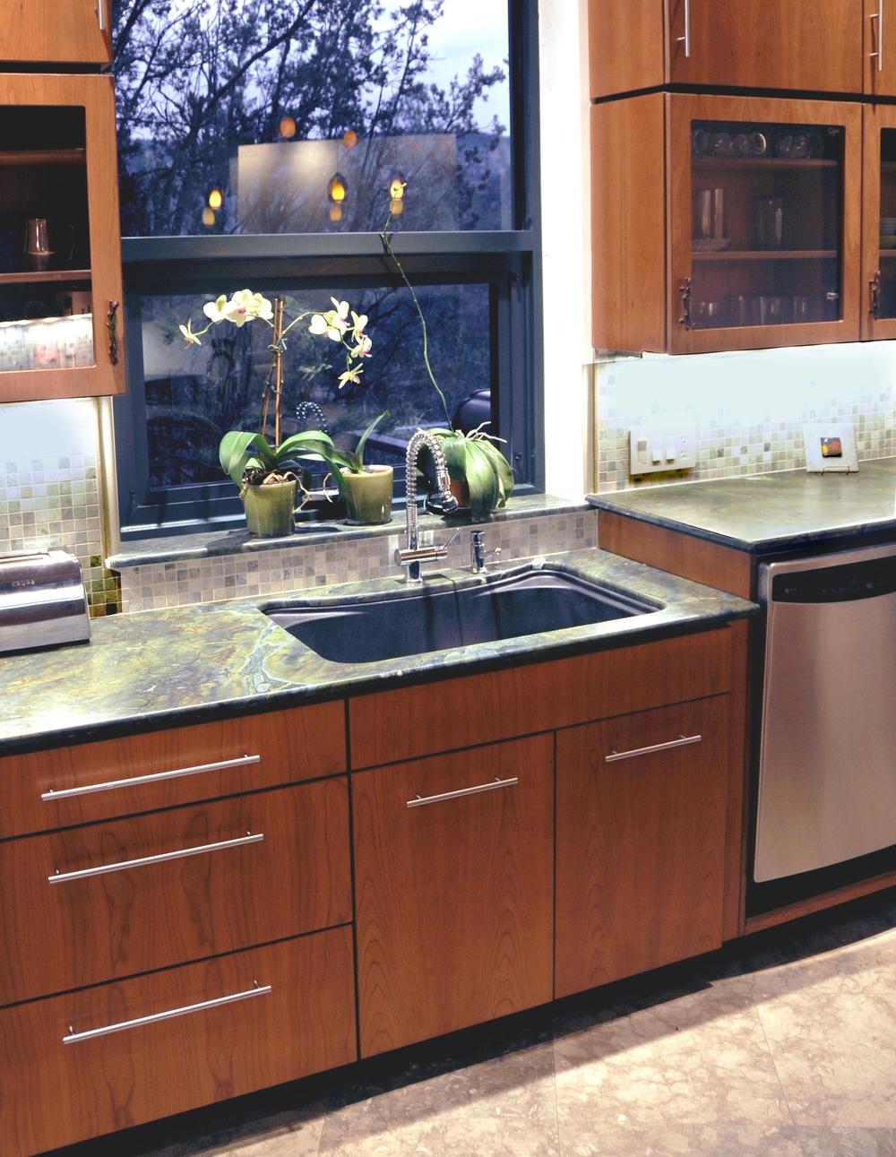 Split level counter in Kitchen