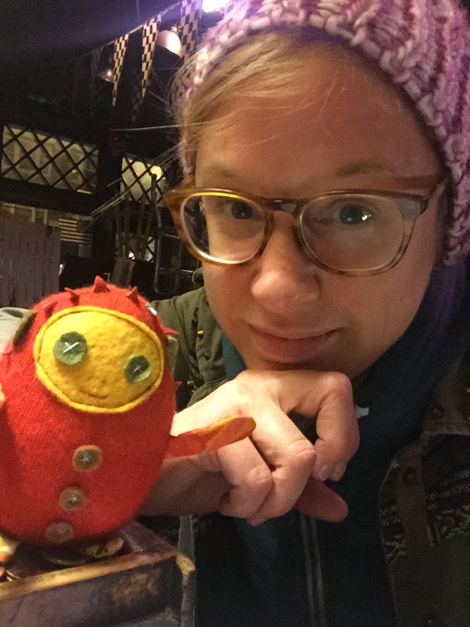 Bebito toys are friendly and fun. And quirky and cute.  - and all of those good things.  Rachel Hedges is the creator of Bebito, and she started making toys when her friend gave her an vintage Electro Grande Deluxe sewing machine in 2006.She really loved making the toys.And so did.