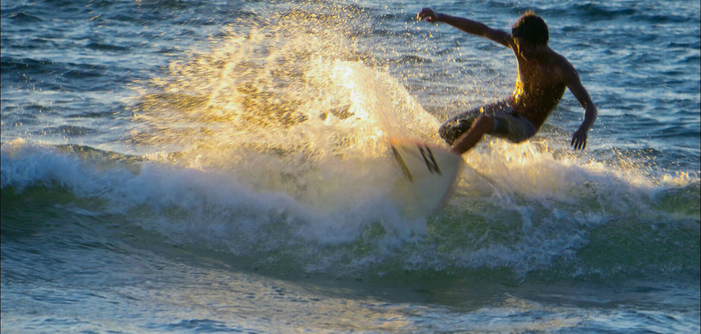 090-Sayulita-surfer.jpg