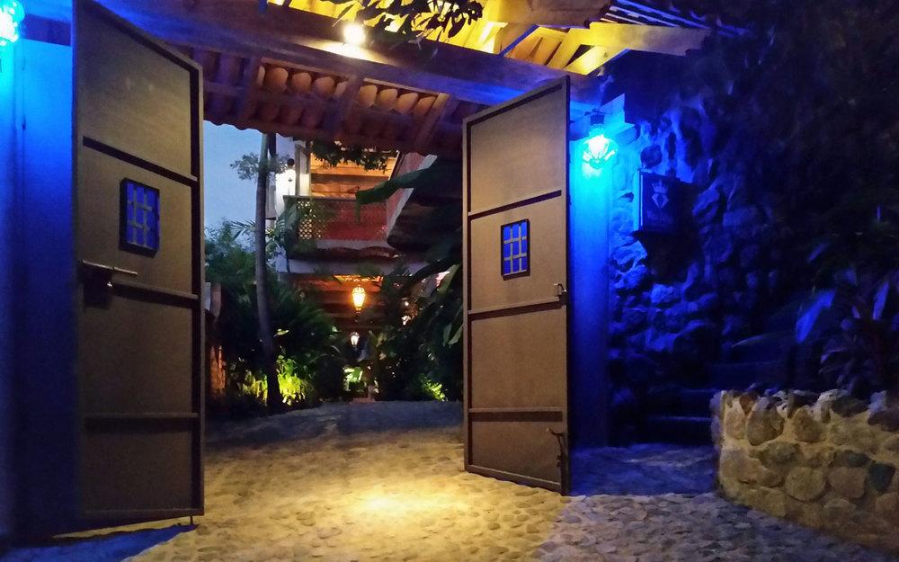 Villa-Zafiros-gate-197.jpg
