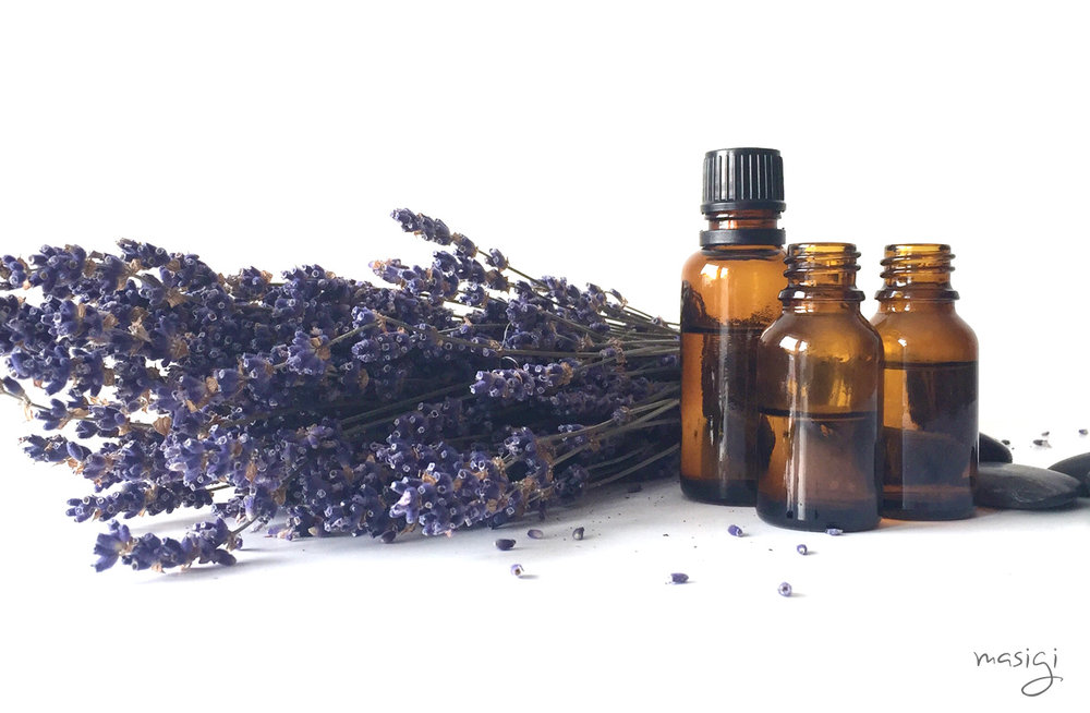 A Quick Guide to Essential Oils and Their Health Benefits