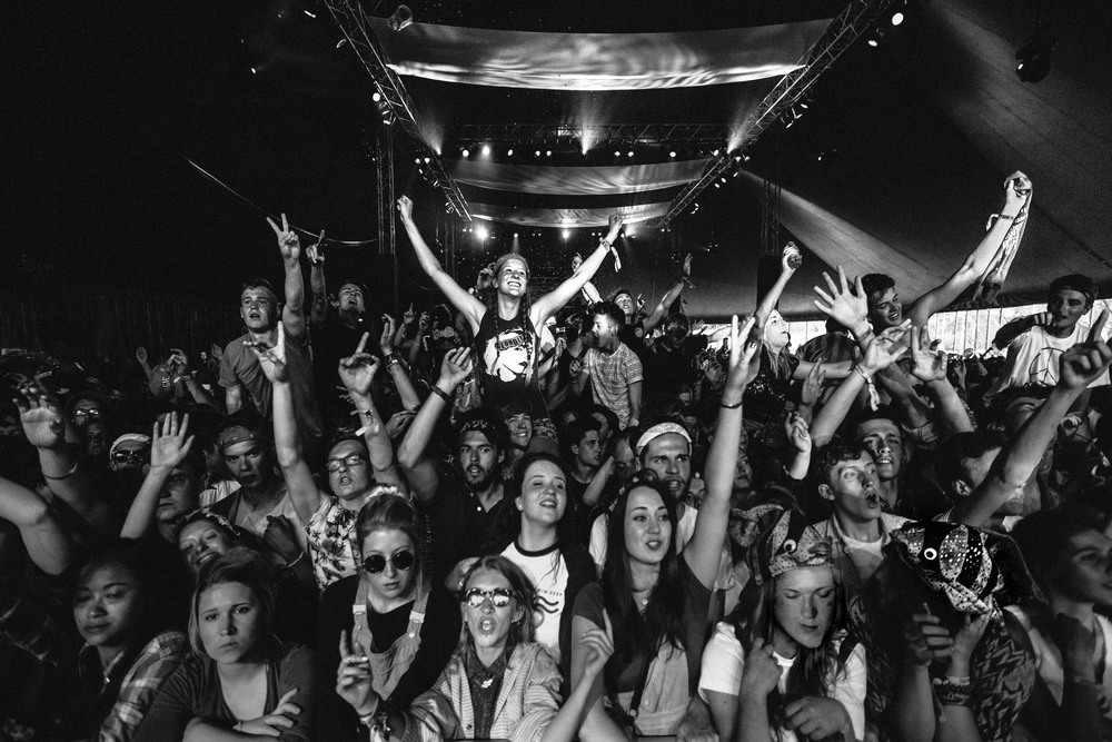 DylanRobertsPhotography-Crowd-4.jpg