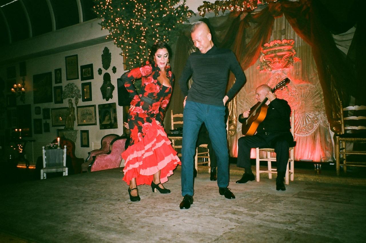 Cai learns the Flamenco