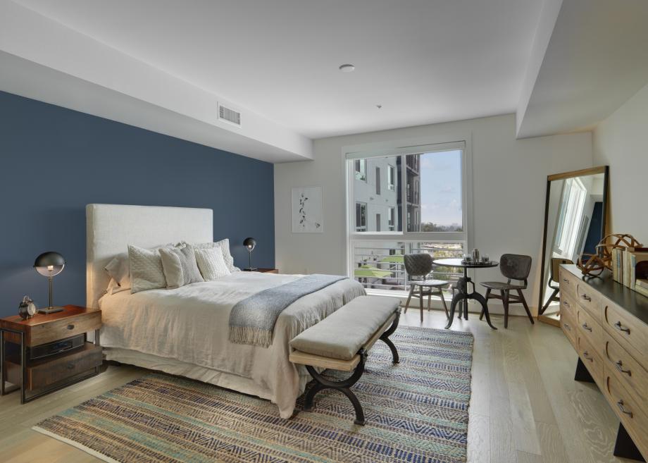 4-The-Camden-Apartments-Hollywood-CA-Studio-Bedroom.jpg