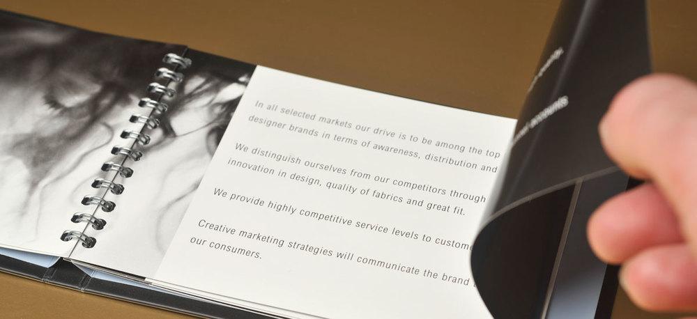 kraplak-brandbook-ontwerp-05.jpg