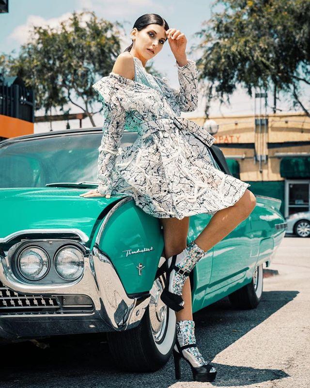 #Repost @malinagirl16 ・・・ Photo: @nchimenti_ph  Styled by ME :@malinagirl16  Model: @lindsey_bennardo  Mua & hair: @erika_ramazzotti , thank to @theofficialfoxbait for amazing outfits ❤️ #photography #style #streetstyle #art #fashion #stylist #losangeles #photooftheday #model #look #image #love #mood #amazing #beauty #bride #hollywood #стиль #модель #мода #magazine #editorial #photoshoot  #vintage #retrocar #dress #shoes #miumiu #foxbait