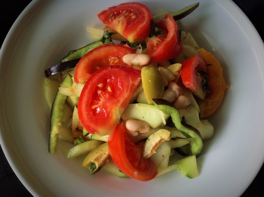 Take Anywhere Healthy Oil-Free Vegan Gluten-Free Paleo Salad