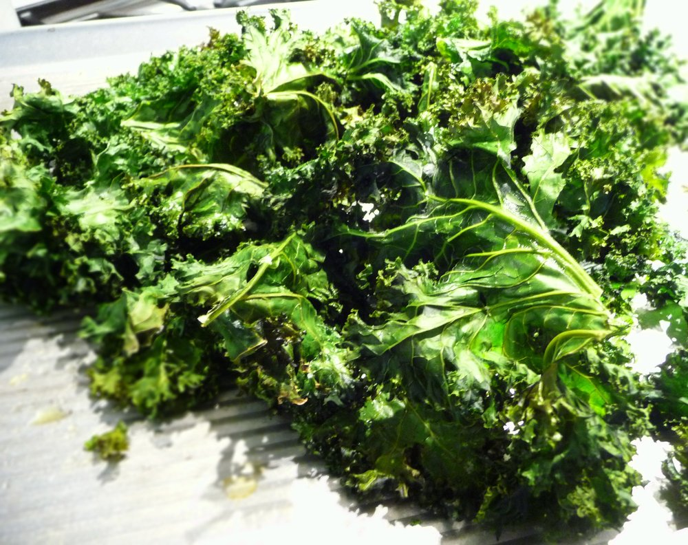 Kale Chips - Healthy, Vegan, Paleo, Easy, Gluten-Free