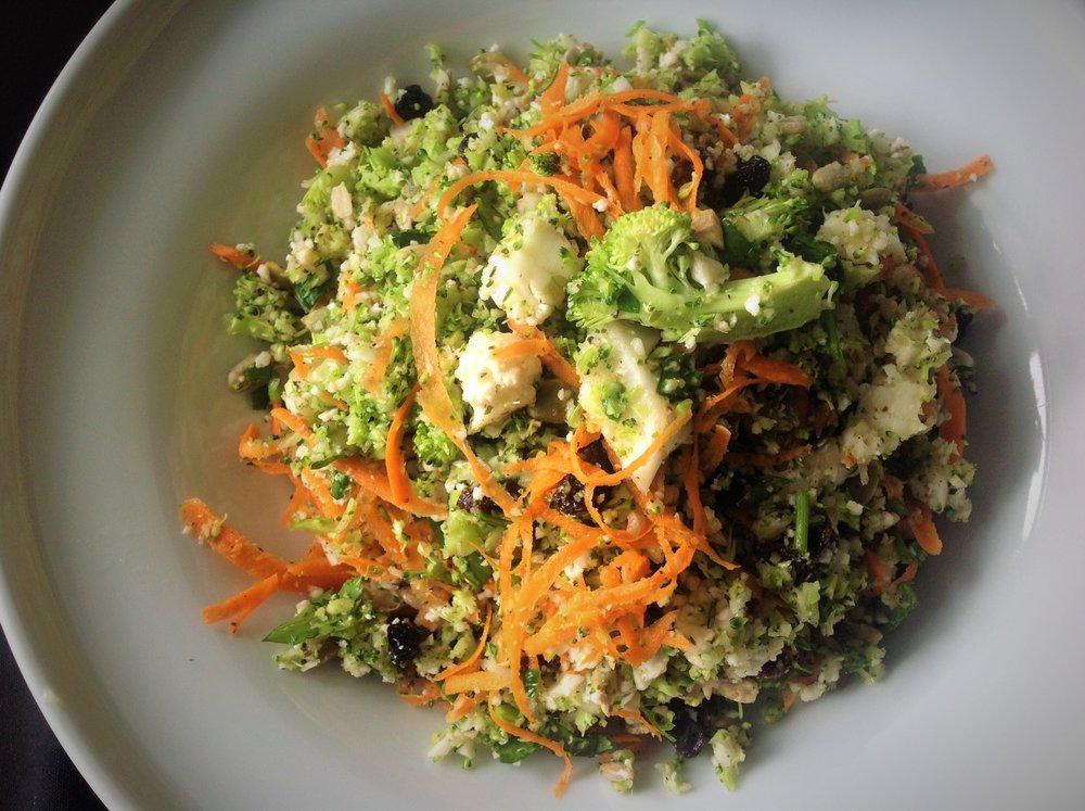 Whole Foods Market Detox Salad - Healthy, Raw, Gluten-Free, Grain-Free, Paleo, Oil-Free, Plant-Based, Vegan