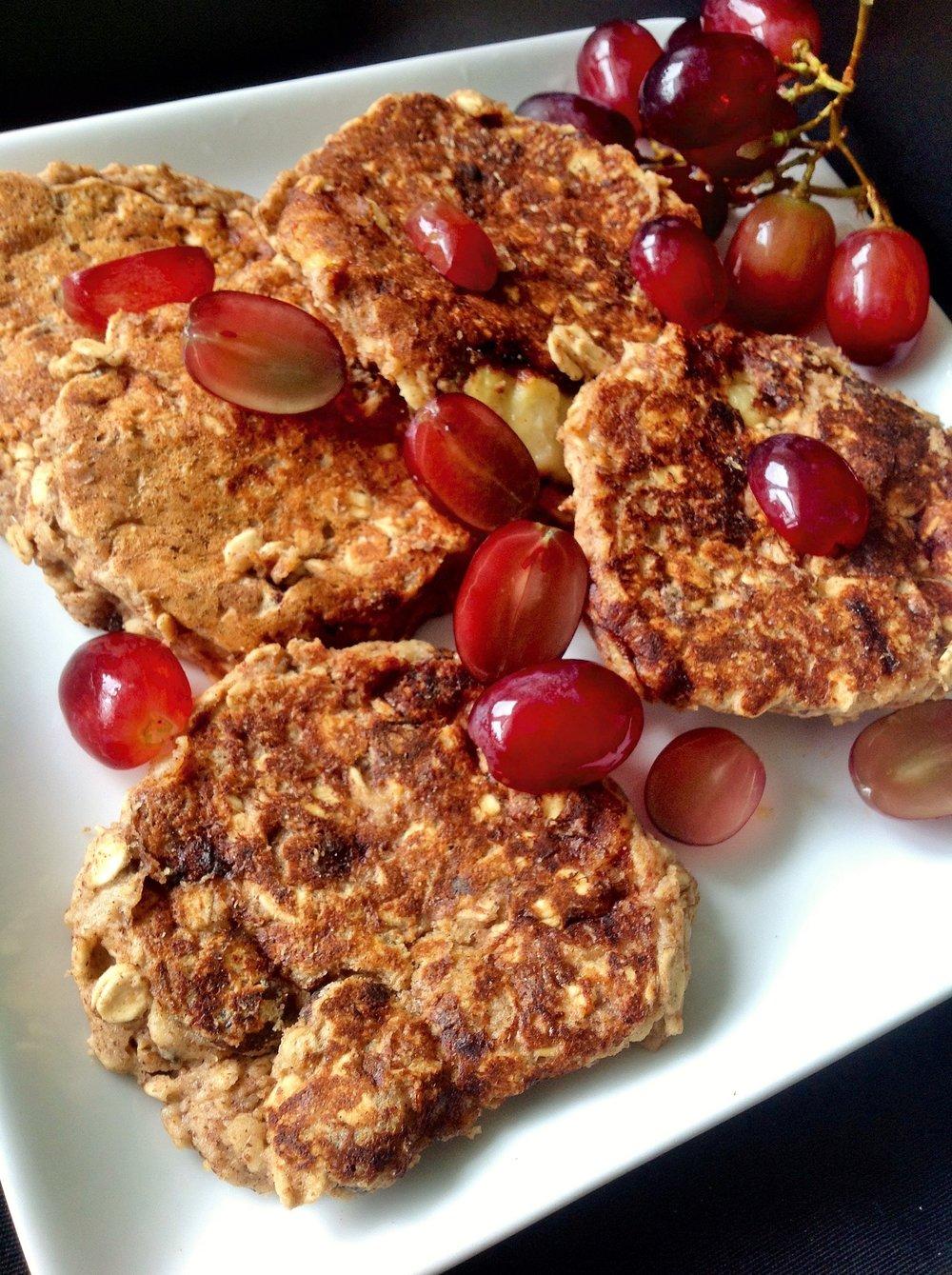 Gluten-Free Oatmeal Raisin Pancakes