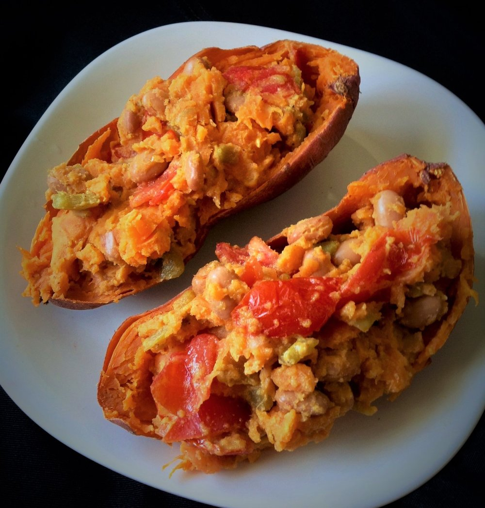 7 Minute Southwestern Stuffed Sweet Potato - Healthy, Gluten-Free Paleo, Oil-Free, Easy, Microwave, Dinner for One Quick, Vegan,