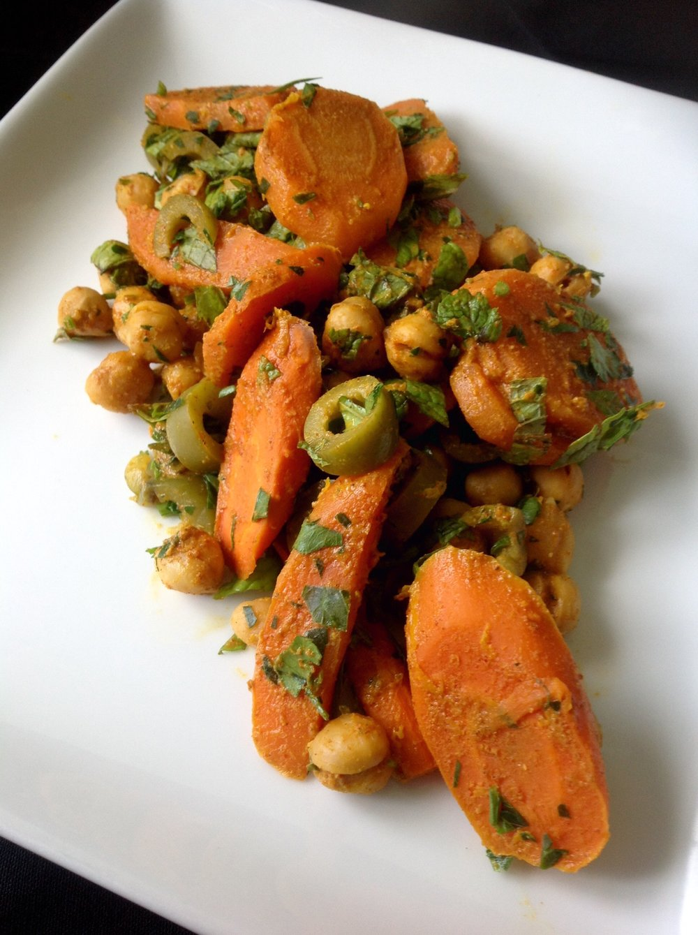 Moroccan Chickpea Carrot Salad