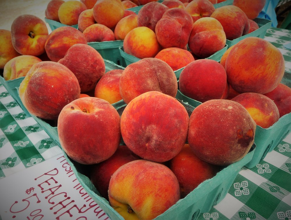 Peaches are a healthy, naturally sweet fruit.  Peaches grown in the US are traditionally harvested in the spring and summer, but you can enjoy frozen and dried peaches year round.