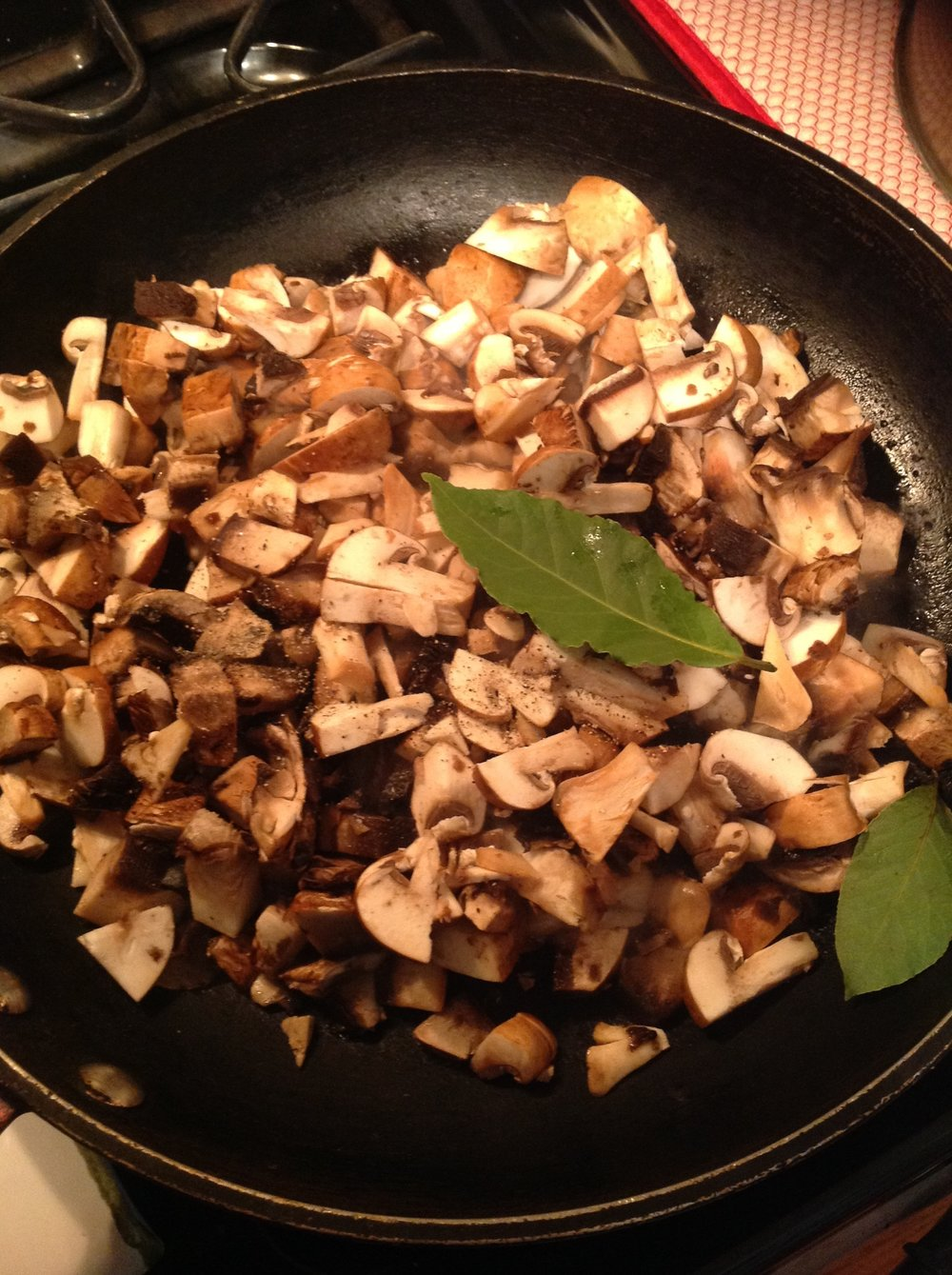 Chef's Oil-Free Tip:  Cook the mushrooms in a wide, heavy pan.  You don't need to add any oil.  The mushroom will turn brown as they release their moisture