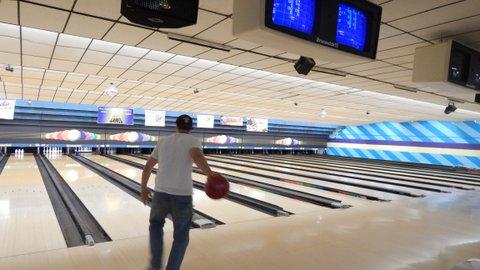 Lyncourt youth bowling august 2013 008.JPG