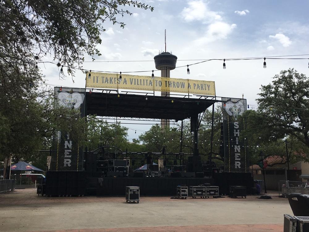 Maverick Shiner Stage