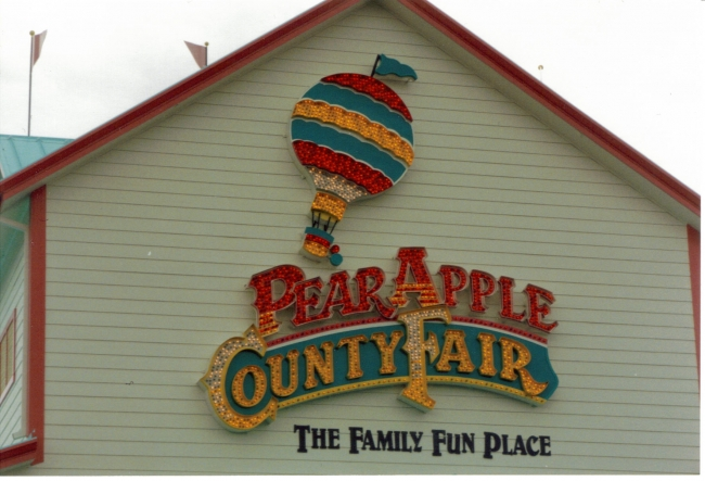 Pear Apply County Fair (Photo:   Adventure Golf Services  )