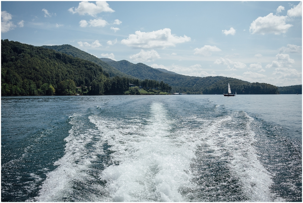 watauga-lake-butler-tn-lakeshore-marina-katy-sergent-photography-outdoors-lifestyle-wedding-photographer_0010.jpg