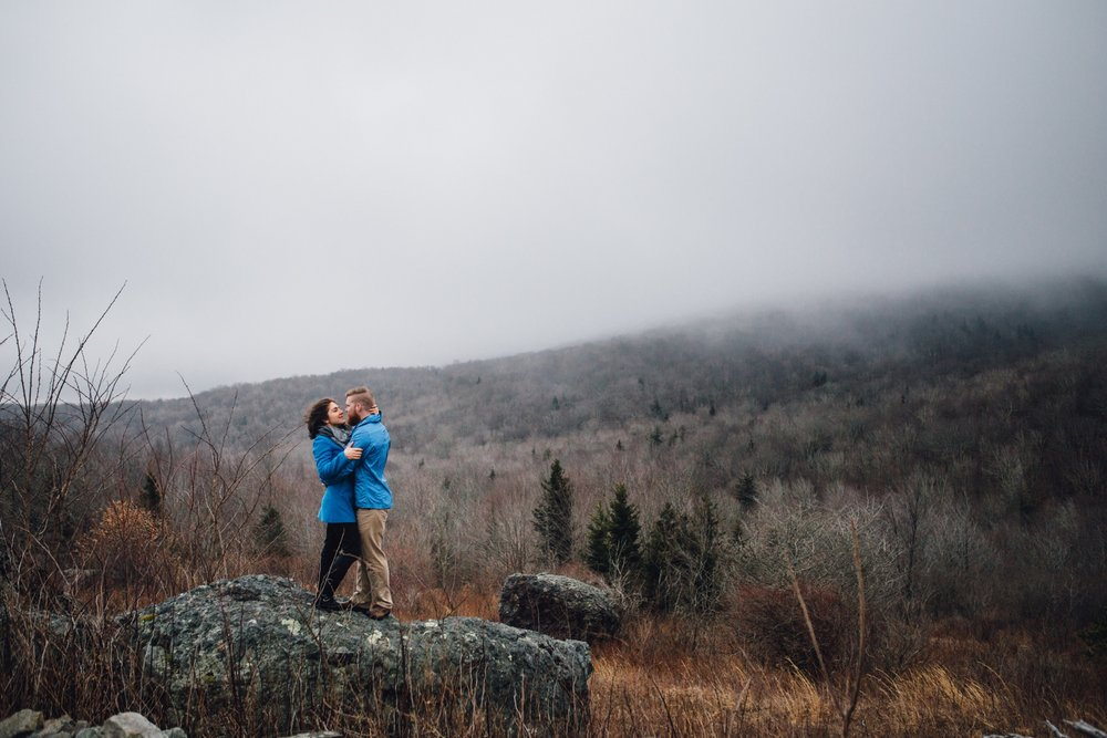 katy-sergent-photography-northeast-tennessee-wedding-photographer-grayson-highlands-engagement-session-mouth-of-wilson-virginia_0010.jpg