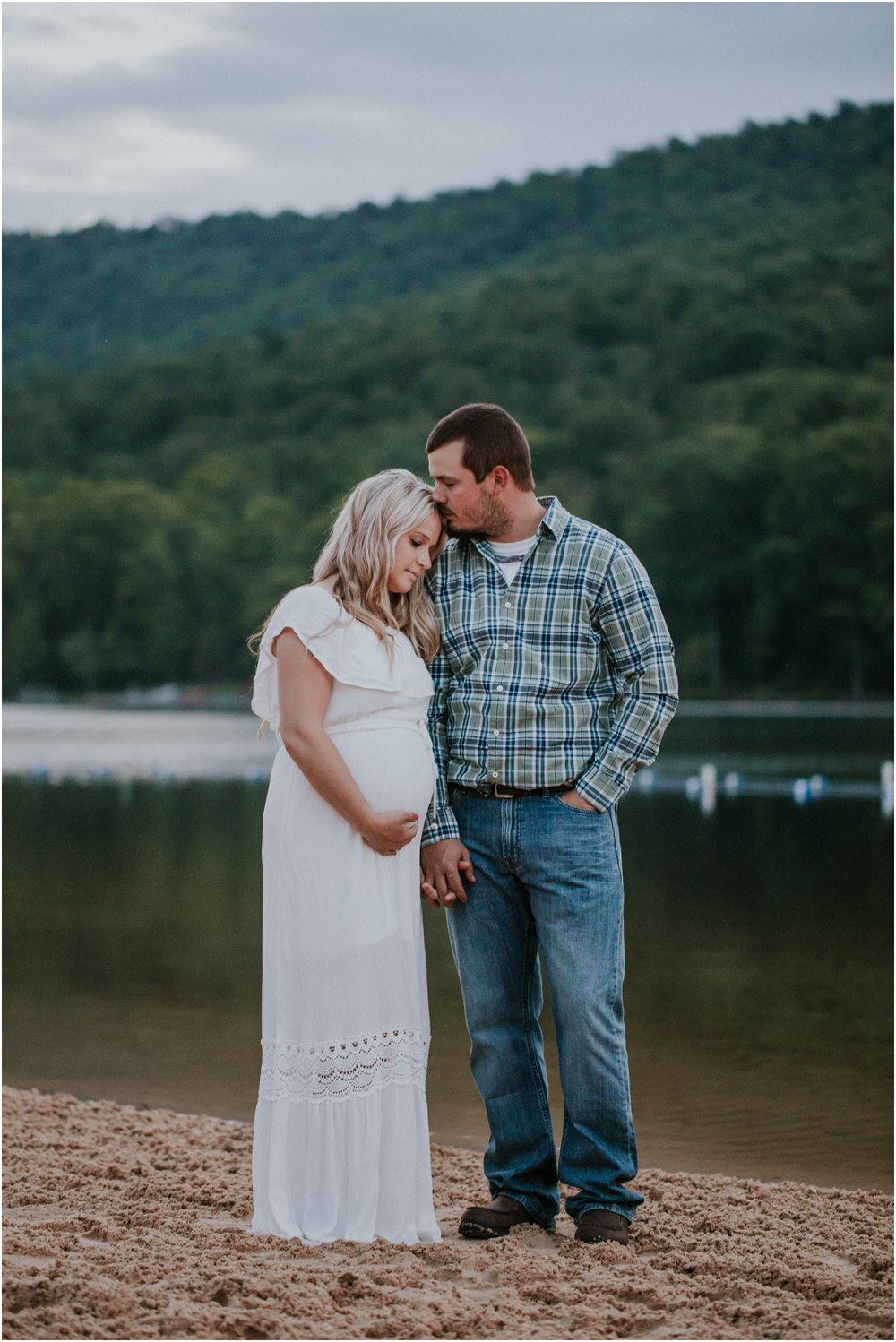 katy-sergent-photography-johnson-city-tennessee-northest-tn-elopement-intimate-wedding-photographer-outdoors-adventurous-couples-adventure-lovers_0033.jpg