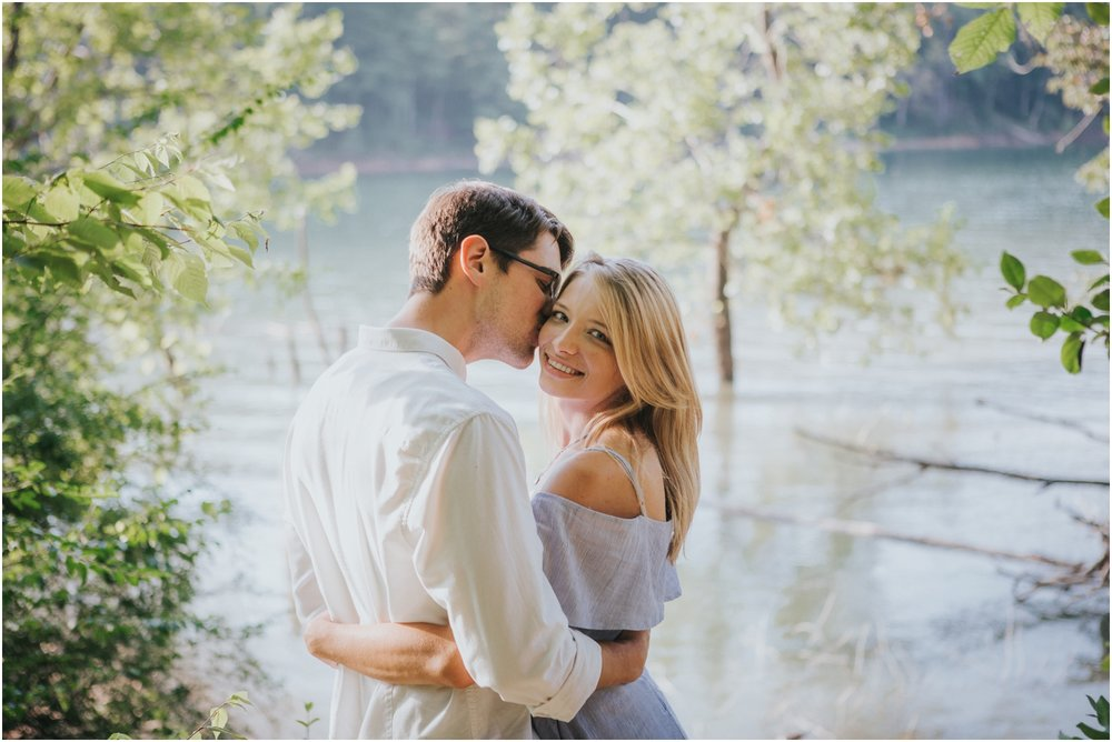 katy-sergent-photography-watauga-lake-engagement-session-northeast-tennessee-wedding-intimate-elopement-engagement-photographer-johnson-city-butler-adventurous-couples-adventure-explore-outdoors_0002.jpg