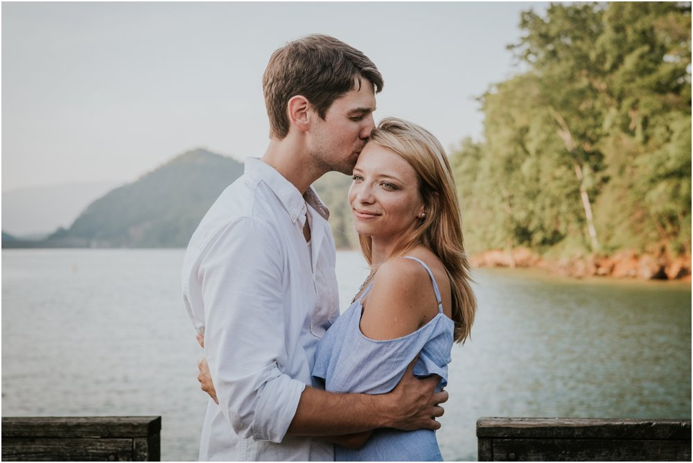 katy-sergent-photography-watauga-lake-engagement-session-northeast-tennessee-wedding-intimate-elopement-engagement-photographer-johnson-city-butler-adventurous-couples-adventure-explore-outdoors_0015.jpg