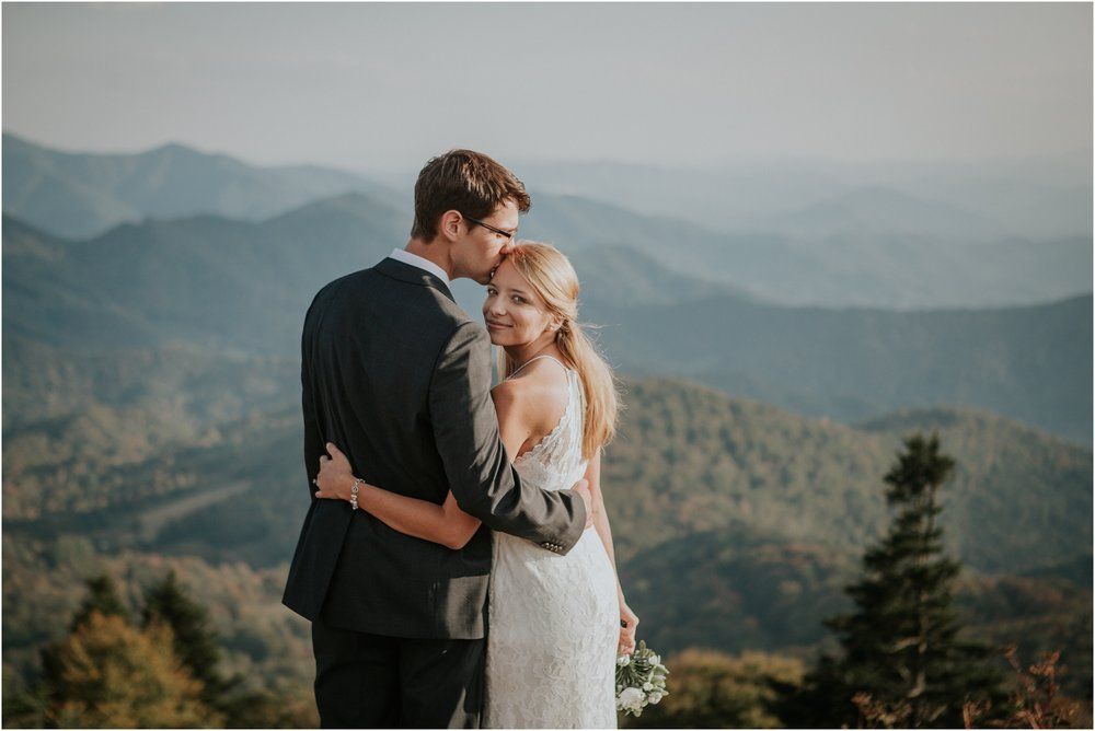 roan-mountain-tn-katy-sergent-photography-tennessee-elopement-intimate-wedding-adventurous-photographer-hiking-outdoors-summer-northeast-northcarolina-blue-ridge_0064.jpg