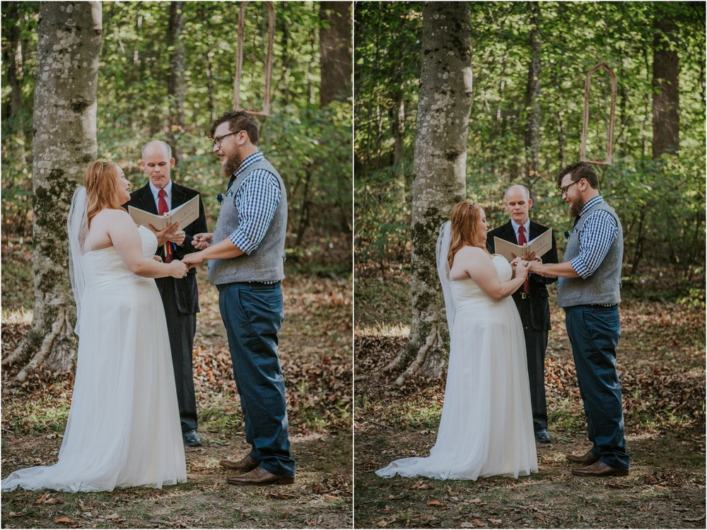 abingdon-virginia-rustic-fall-4hcenter-wedding-photography_0056.jpg