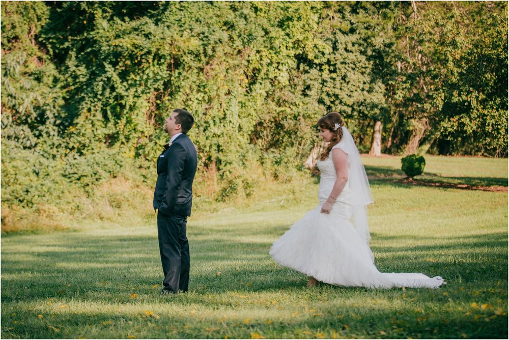 Fall-gem-stone-earthy-succulent-mount-airy-mansion-wedding-tennessee-elopement-photographer_0035.jpg