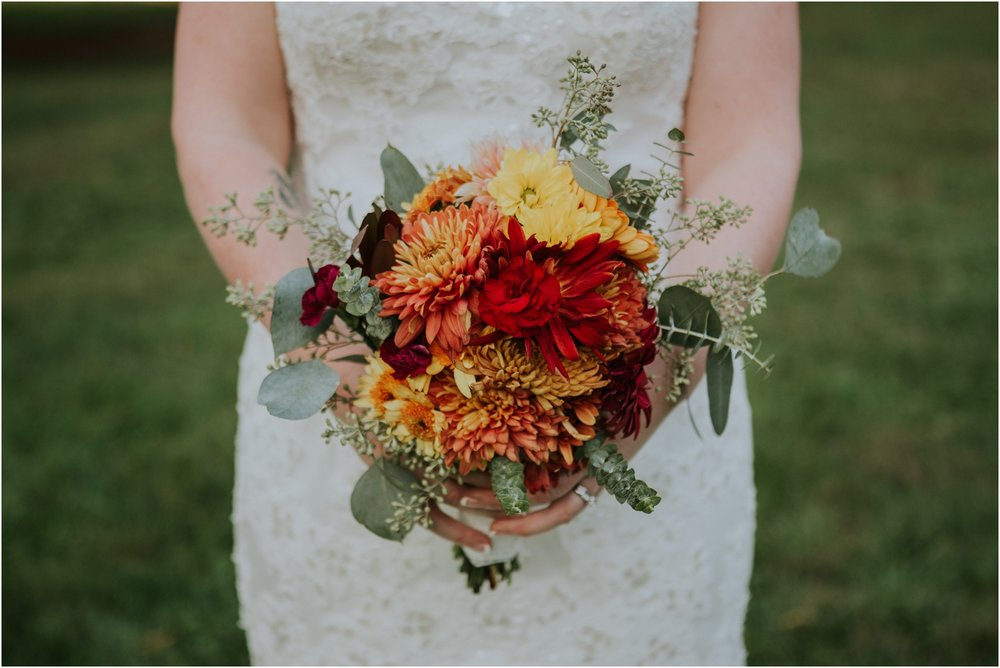 Fall-gem-stone-earthy-succulent-mount-airy-mansion-wedding-tennessee-elopement-photographer_0068.jpg