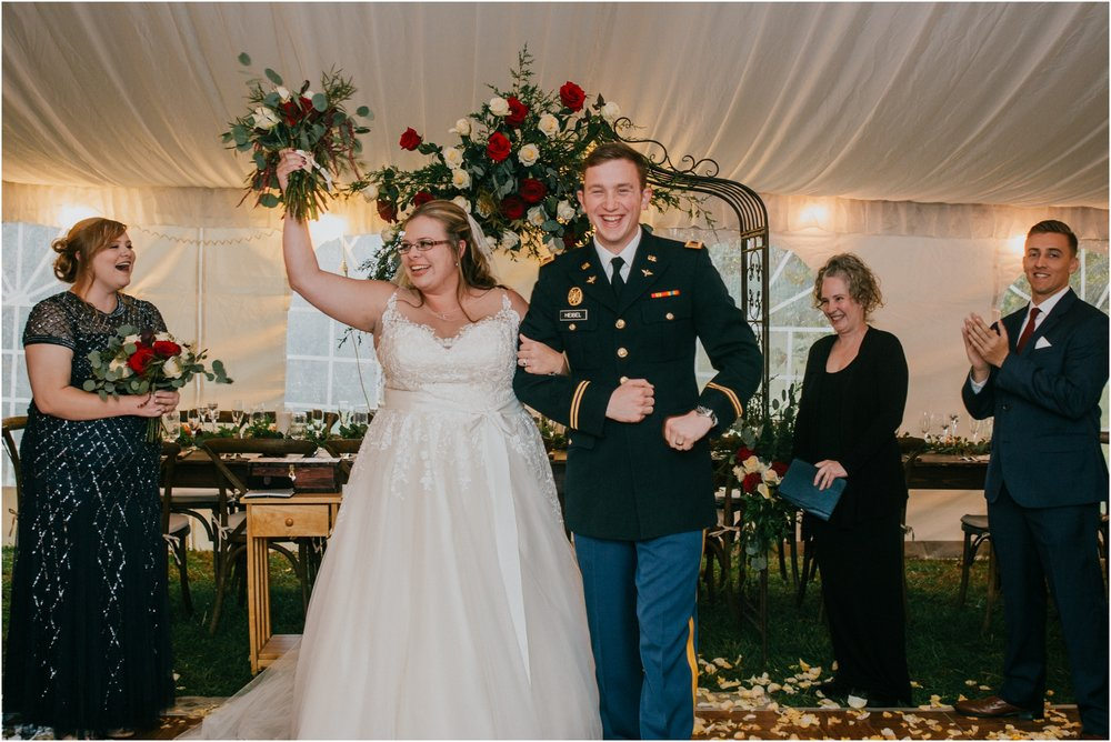 Sugar-Hollow-Retreat-Butler-Elizabethton-Tennessee-Rustic-Rainy-Wedding-Adventurous-Couple_0087.jpg