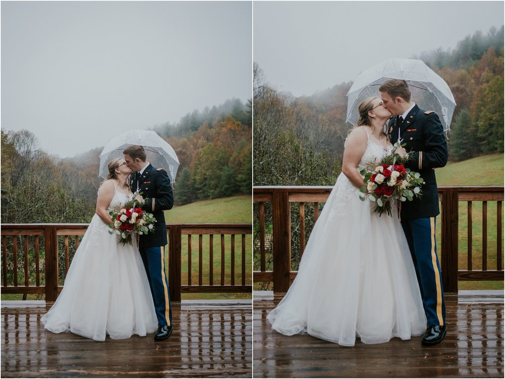 Sugar-Hollow-Retreat-Butler-Elizabethton-Tennessee-Rustic-Rainy-Wedding-Adventurous-Couple_0096.jpg