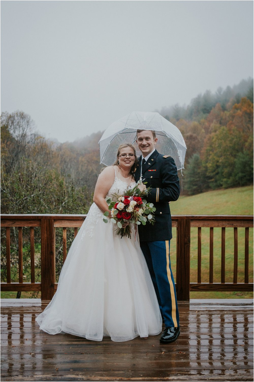 Sugar-Hollow-Retreat-Butler-Elizabethton-Tennessee-Rustic-Rainy-Wedding-Adventurous-Couple_0095.jpg