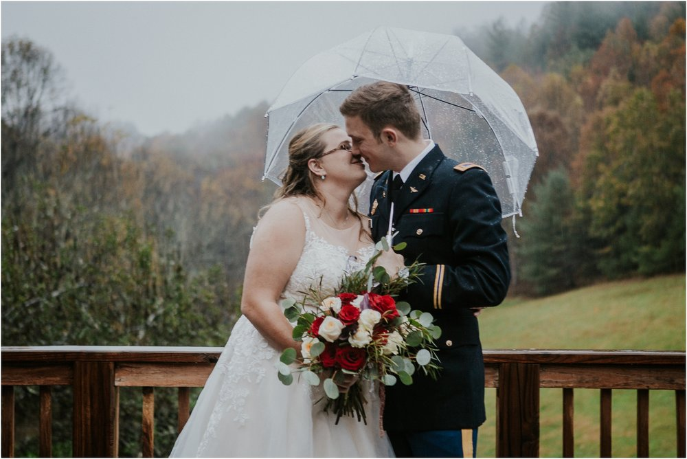 Sugar-Hollow-Retreat-Butler-Elizabethton-Tennessee-Rustic-Rainy-Wedding-Adventurous-Couple_0098.jpg