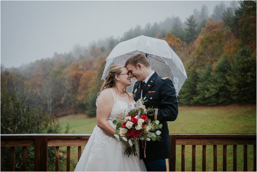 Sugar-Hollow-Retreat-Butler-Elizabethton-Tennessee-Rustic-Rainy-Wedding-Adventurous-Couple_0100.jpg