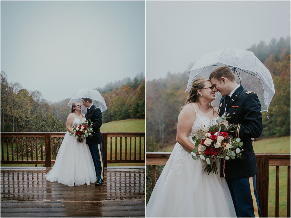Sugar-Hollow-Retreat-Butler-Elizabethton-Tennessee-Rustic-Rainy-Wedding-Adventurous-Couple_0103.jpg