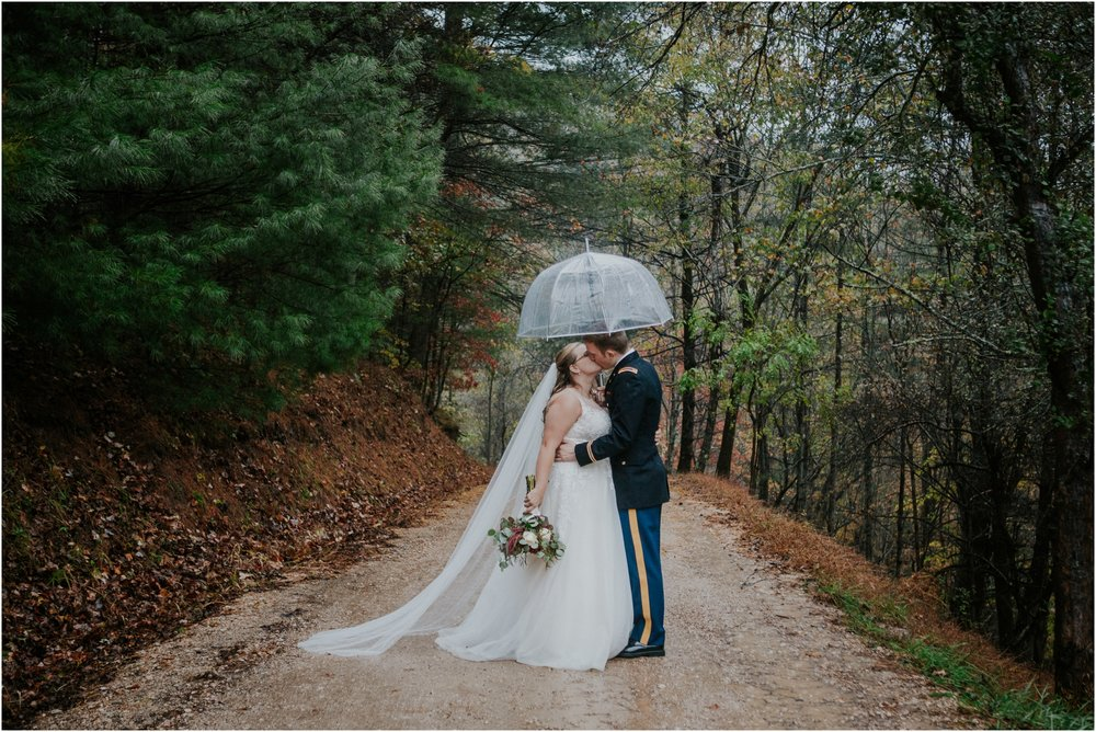 Sugar-Hollow-Retreat-Butler-Elizabethton-Tennessee-Rustic-Rainy-Wedding-Adventurous-Couple_0107.jpg