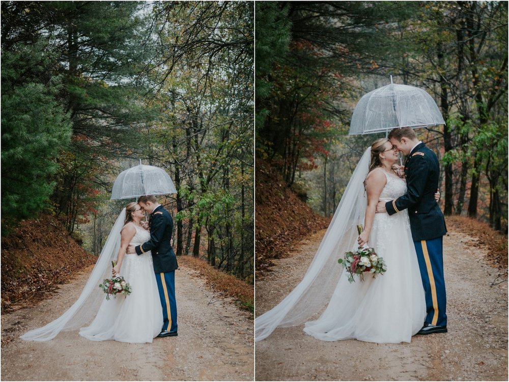Sugar-Hollow-Retreat-Butler-Elizabethton-Tennessee-Rustic-Rainy-Wedding-Adventurous-Couple_0108.jpg