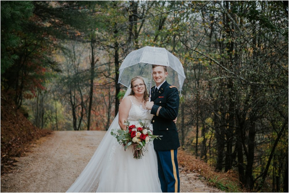 Sugar-Hollow-Retreat-Butler-Elizabethton-Tennessee-Rustic-Rainy-Wedding-Adventurous-Couple_0112.jpg