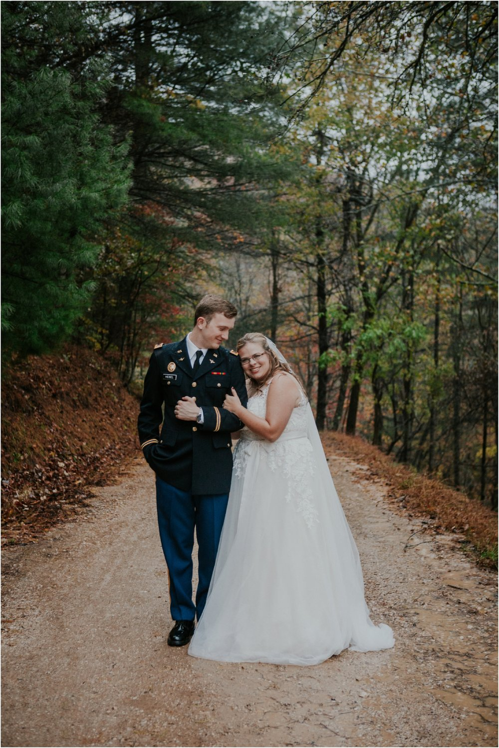 Sugar-Hollow-Retreat-Butler-Elizabethton-Tennessee-Rustic-Rainy-Wedding-Adventurous-Couple_0114.jpg