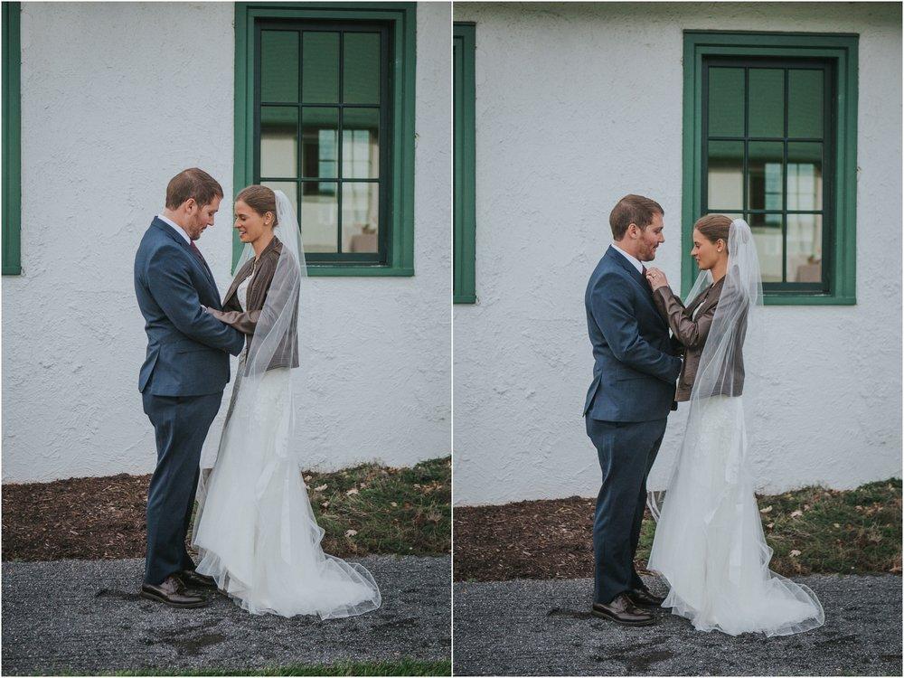 warm-springs-old-dairy-virginia-rustic-wedding-northeast-tennessee-elopement-adventuruous-photographer-katy-sergent_0027.jpg