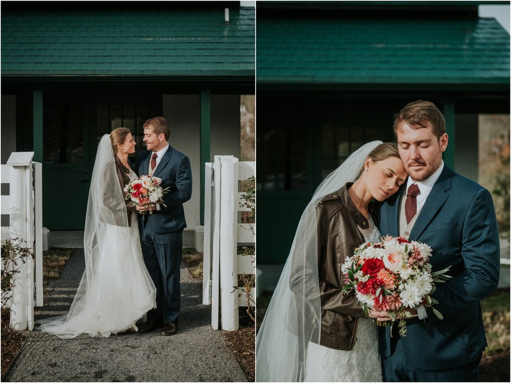 warm-springs-old-dairy-virginia-rustic-wedding-northeast-tennessee-elopement-adventuruous-photographer-katy-sergent_0031.jpg